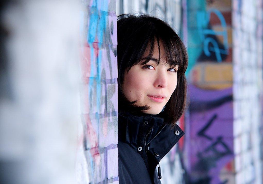 Pianistin Alice Sara Ott beim Interview und im Goerlitzer Park